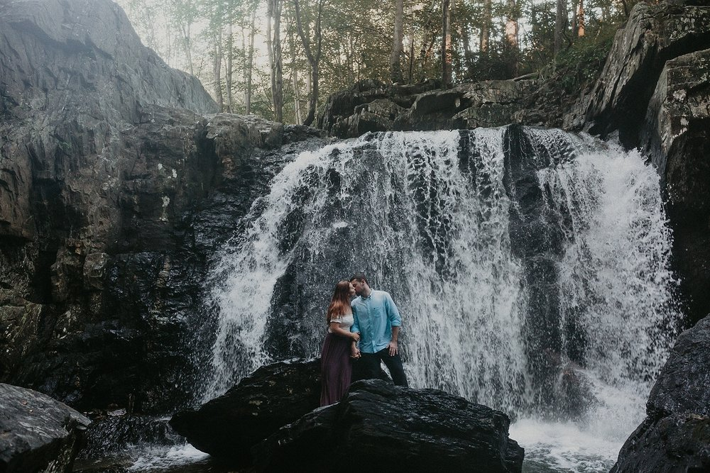 Summer Evening Boho Couples Session at Kilgore Falls Waterfalls in Pylesville Maryland_0065.jpg