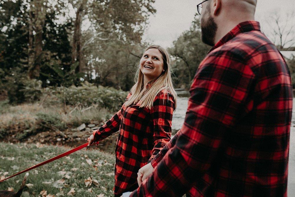wife looking at husband adoringly at 1181 creekside manor