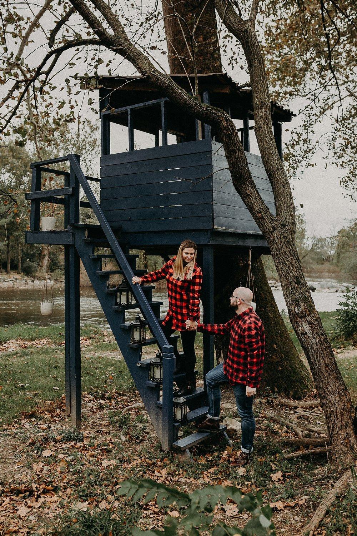 Windy Fall Morning Family Love Session at 1181 Creekside Manor in Mechanicsburg Pennsylvania_0325.jpg