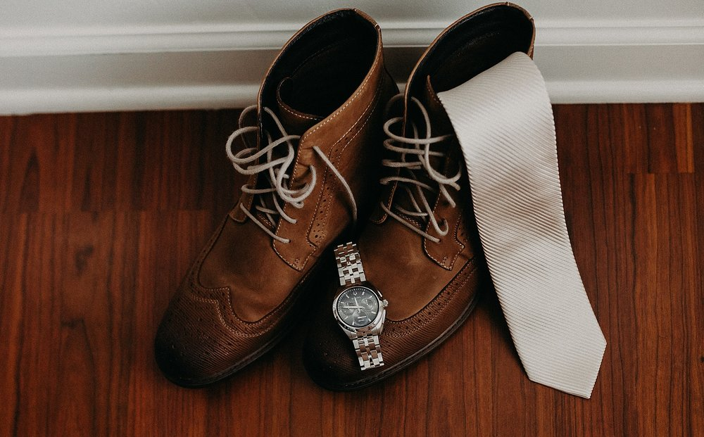 Simple Groom Details for a wedding day