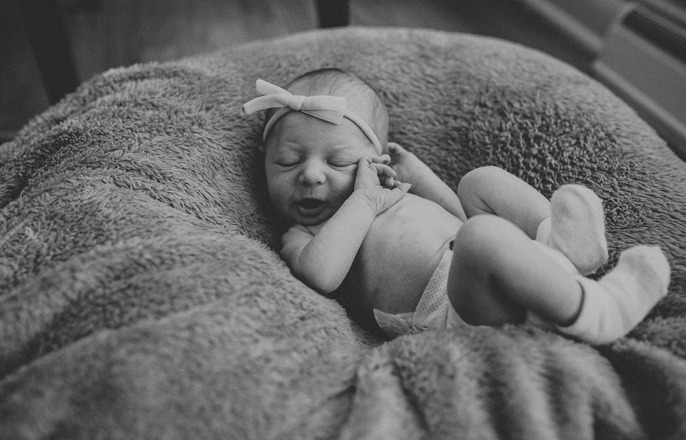 Newborn lifestyle photoshoot in Lancaster, PA