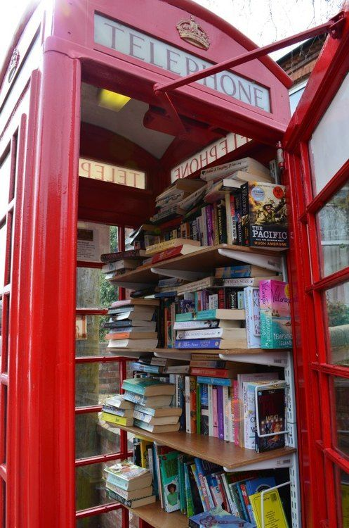 LIttle Free Library in London