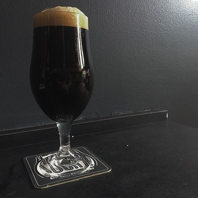 Beer week is finished but we have a special post beer week treat premiering today! London Dungeon is a wine barrel fermented stout expressing lovely notes of robust red wine, chocolate covered cherries, with a light acidity opening up the way for bits of roasted peanuts and dusty charred wood.  It's very intriguing, indeed.  Back to the grind.  We hope you all had a fantastic beer week and are enjoying your Mondays as much as that is possible.  Cheers 🍻