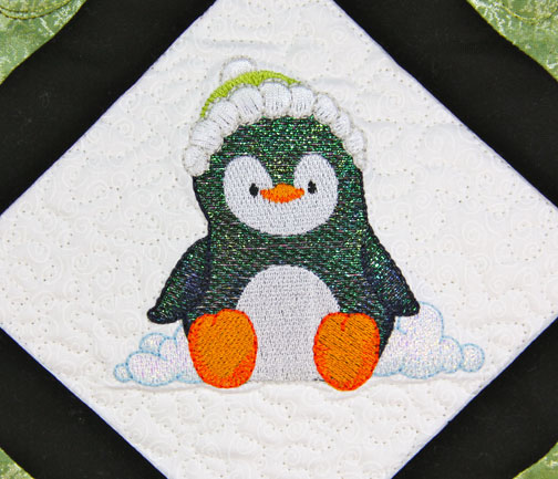 Mylar-Snowtime-Penquins-Single-2.jpg