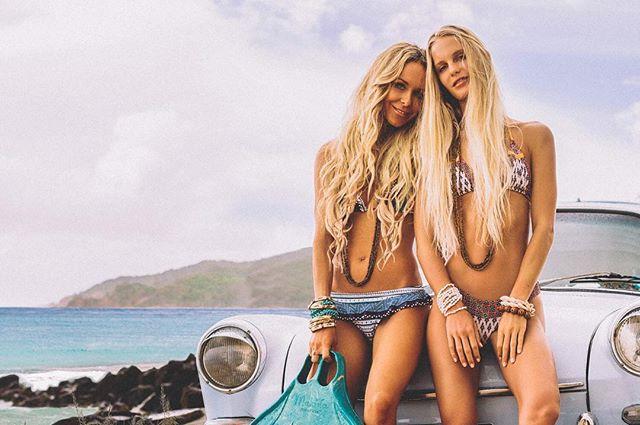 Mermaids in Paradise @mahinamermaid @hanaleireponty #mermaids #paradise #bikinis #beach #ocean #imagesupply