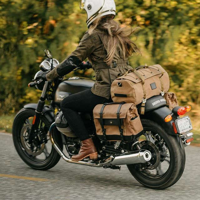 The countdown is on! Only 35 hours left to get in on holiday savings. 😊  Pictured here is our tan canvas / black leather saddlebags paired with our new lightweight duffle on @blackbirdandraven's Moto Guzzi V7 II Stone.