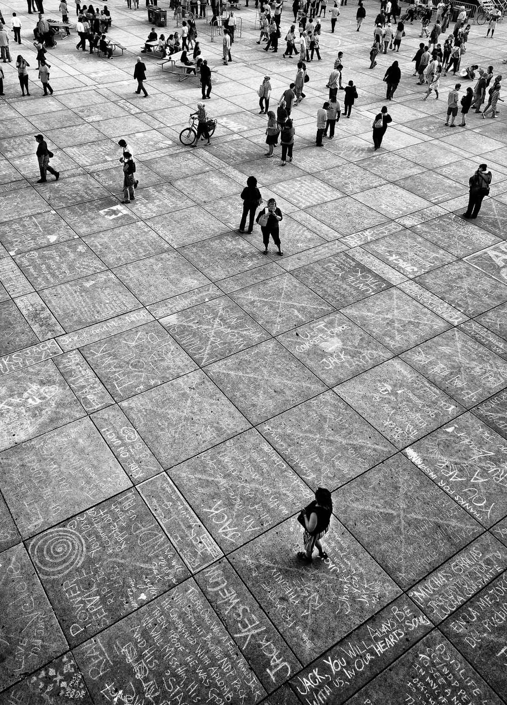 jack-layton_memorial_nathan-phillip-square_orange_wide-tall_02.jpg