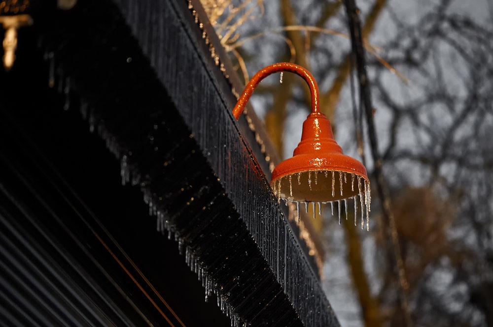 frozen-lamp_icestorm_01.jpg
