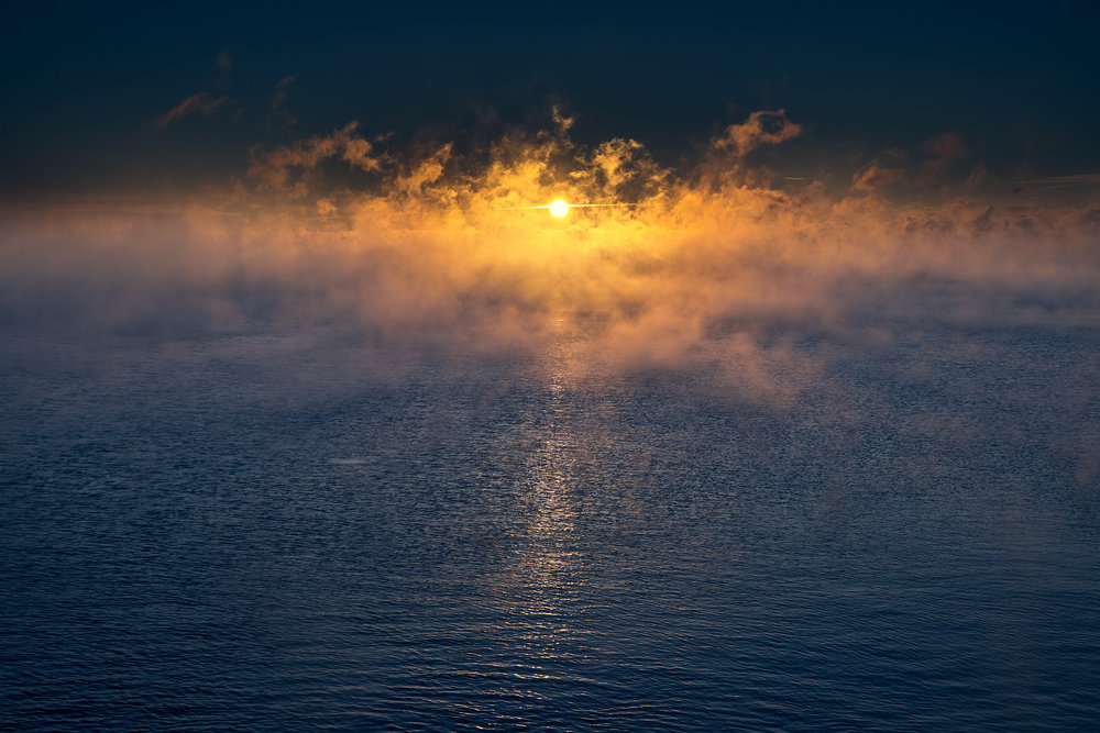 humber-bay_park_sunrise_clouds_fog_lake_01.jpg