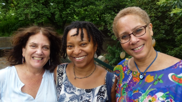 April with storytellers Laura Simms and Joy Kelly at Hans Christian Andersen Statue in Central Park