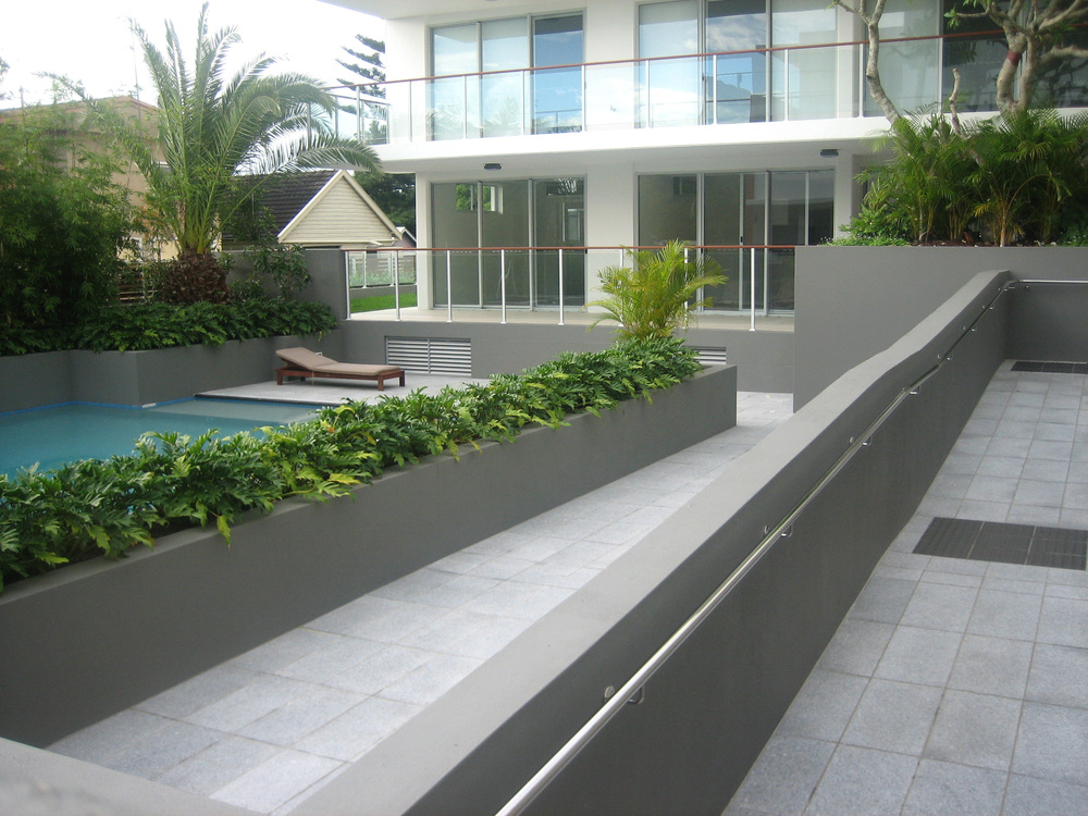 Spaces Bruges Outdoor Grey Tile: Silver Grey Granite Tiles & Outdoor Pavers