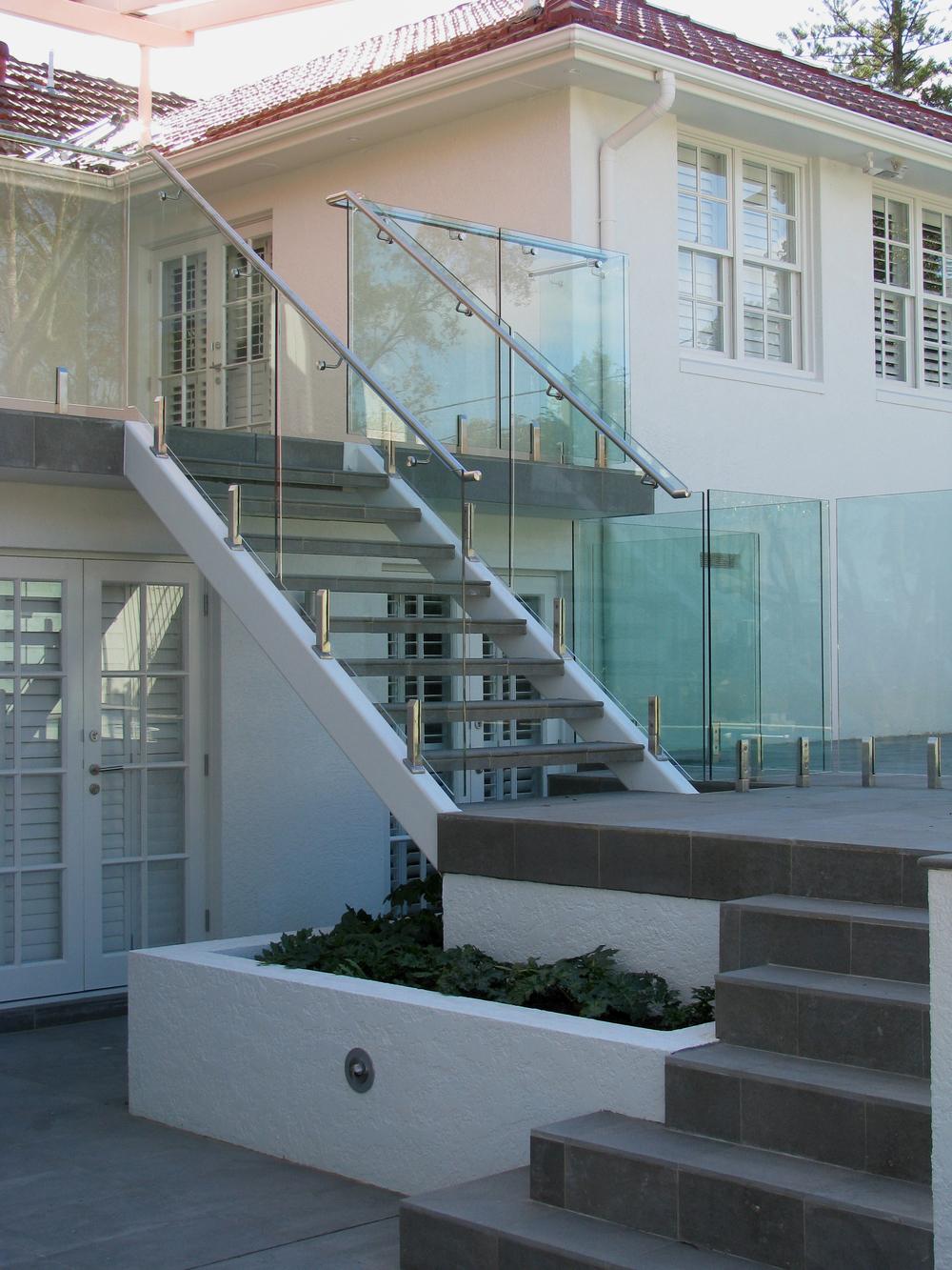 Bellambi-Lindfield-stairs.jpg