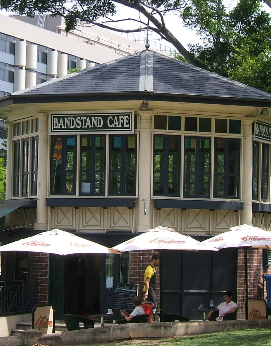 Bandstand Darlinghurst Welsh.jpg
