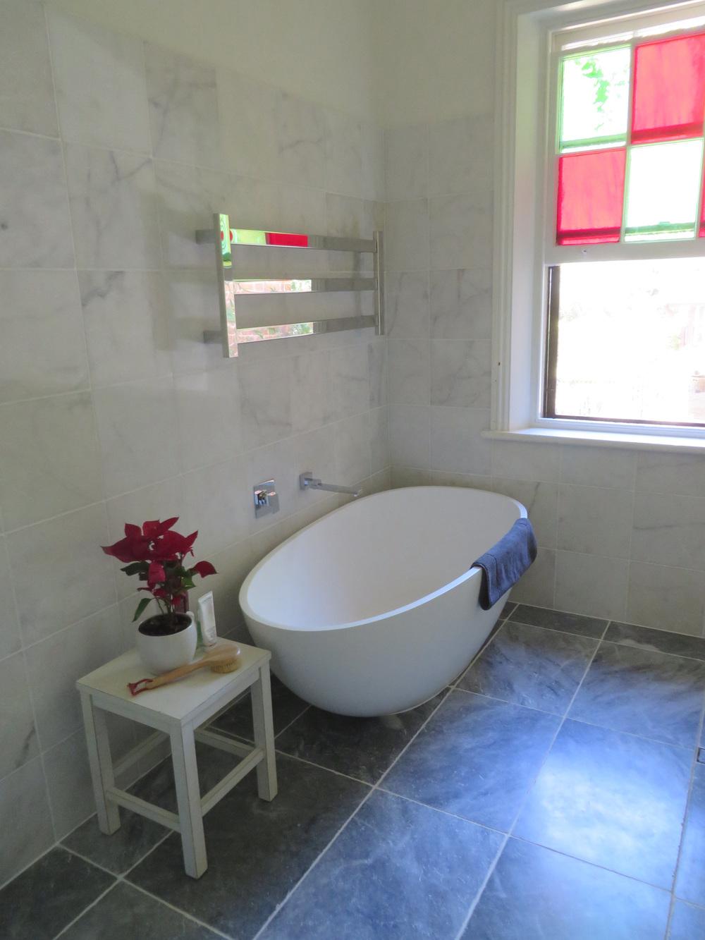 Bianco-bath1.jpg