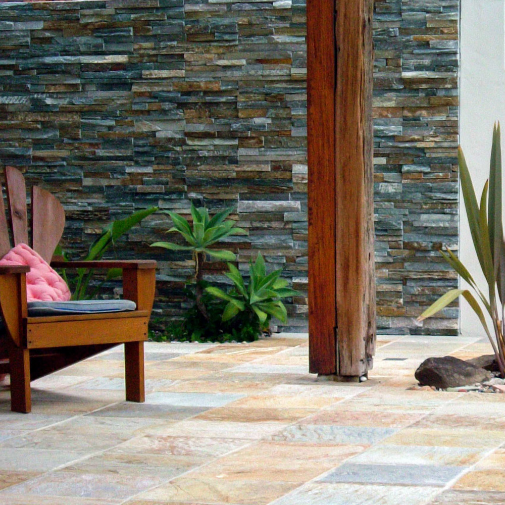 Sofala Patio & Stackstone Wall.jpg