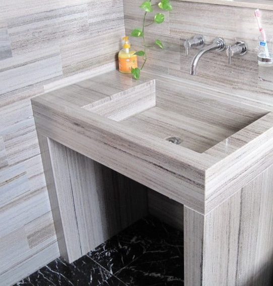 Wildwood Granite Vanity & Walls