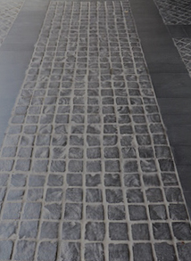Cobbles-+honed bluestone1.jpg