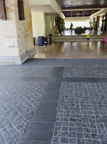 Cobbles-+honed-bluestone3.jpg