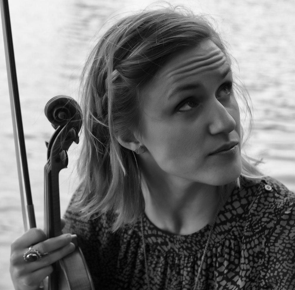 Naomi Burrell - violin