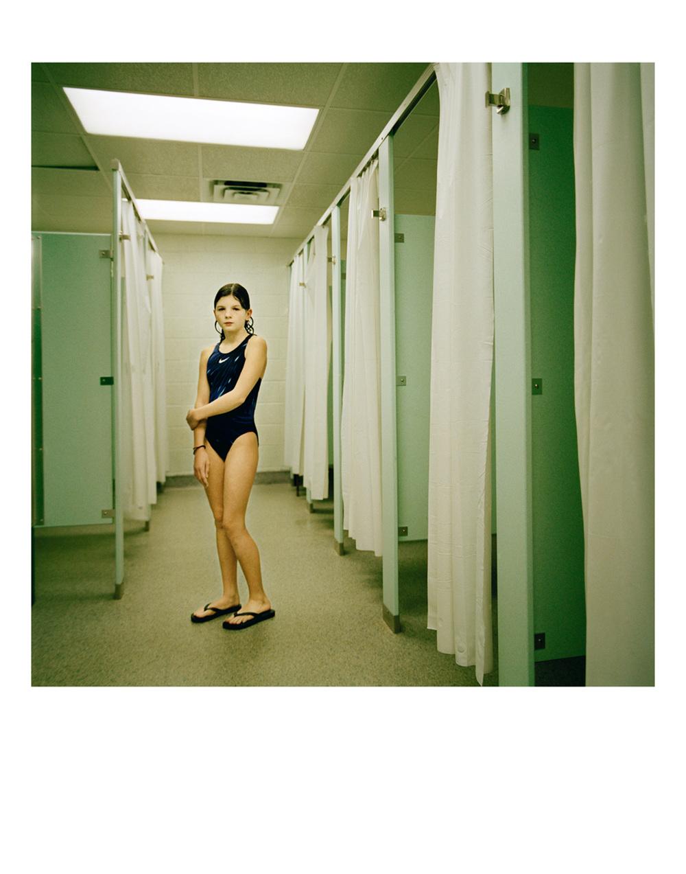 alinka_echeverria_marieKenza_green.lockers.jpg