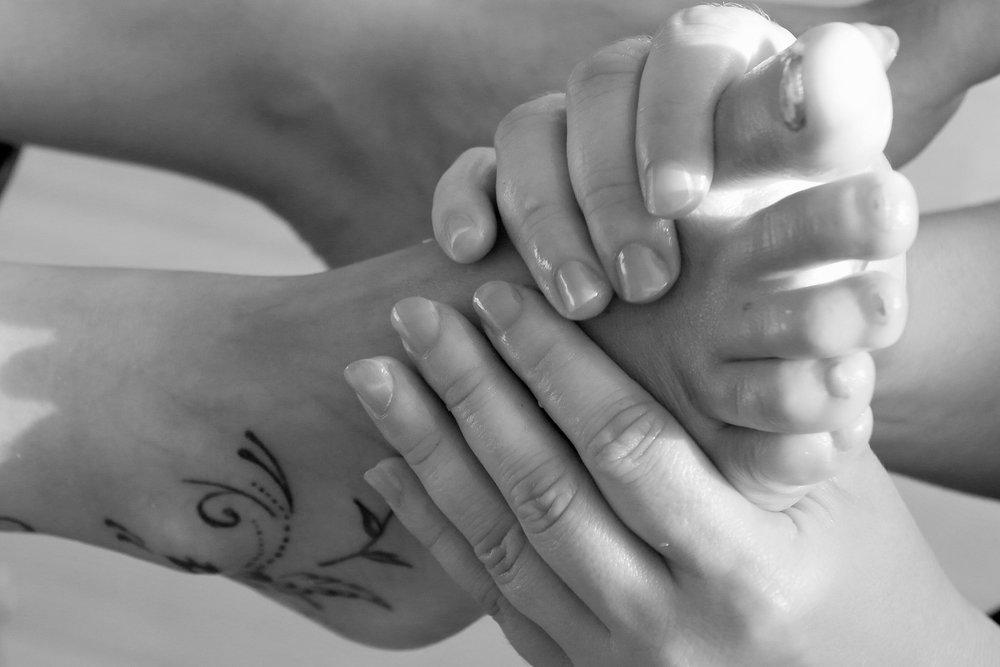 reflexology foot massage pressure points