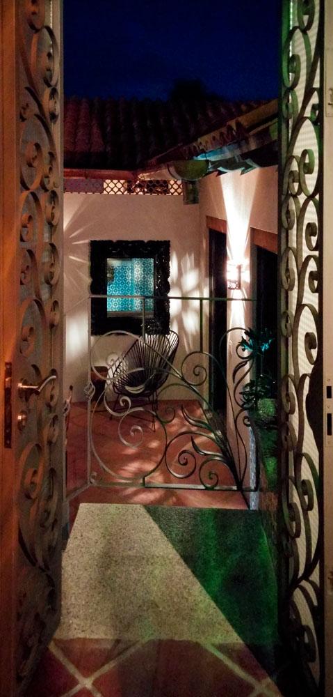 Casa-Joyero-Sayulita-doorway-02.jpg