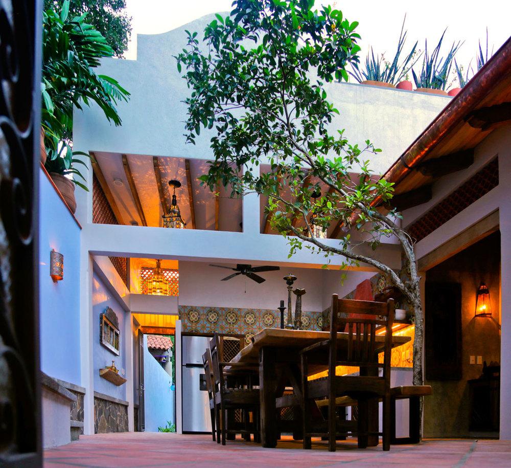 Casa-Joyero-Sayulita-atrium.jpg