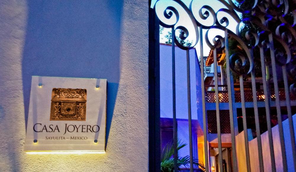 Casa-Joyero-Sayulita-sign.jpg