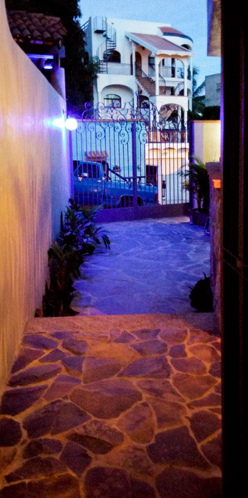 Casa-Joyero-Sayulita-49-entry-way-15.jpg