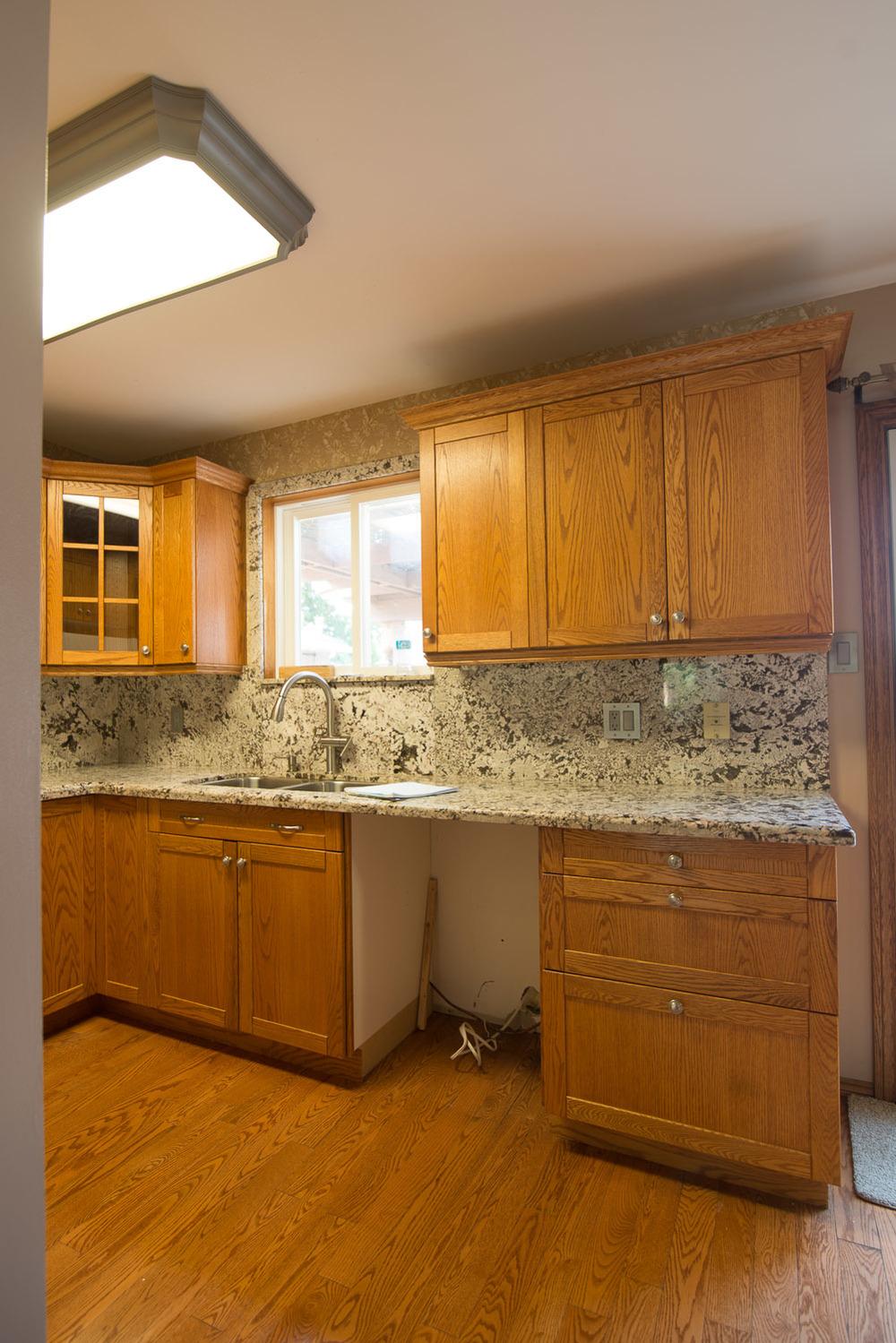 Black-Kitchen-Before-002.jpg