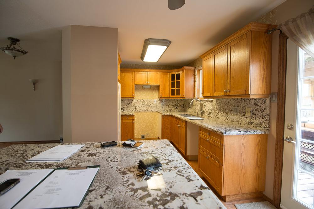 Black-Kitchen-Before-001.jpg