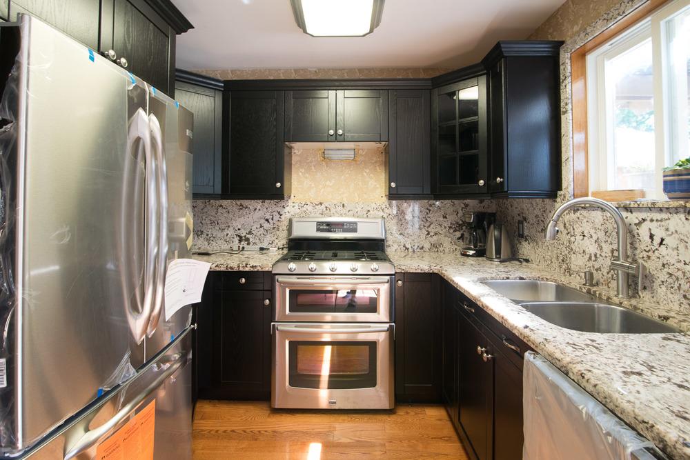 Black-Kitchen-After-004.jpg