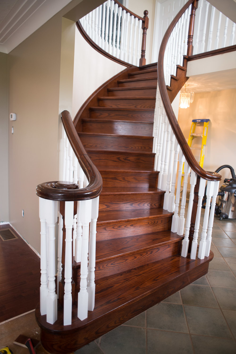 Newton-Staircase-Spindles-001.jpg