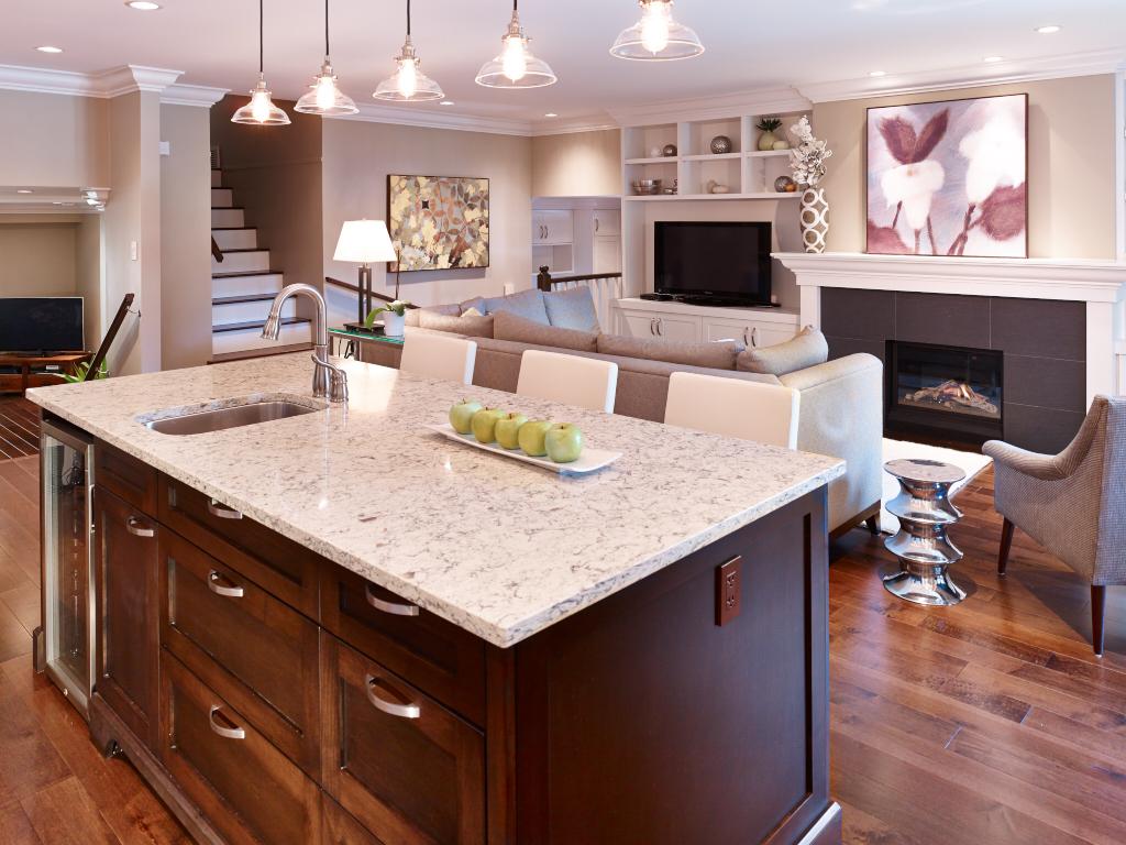 TQ Construction Spruce Avenue Kitchen Greatroom