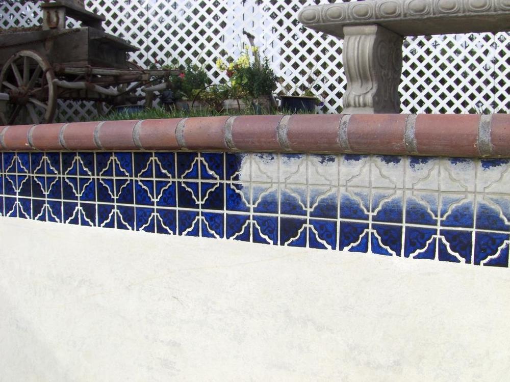 Pool Tile Cleaning Side R_full.jpg