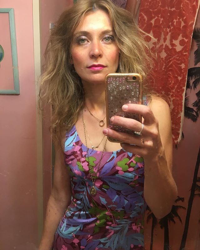 ✨ 🌴 Abracadabra 🌷✨ #magic #selfie #reflection #saturation #paradise #pink #ootd #birchbox #makeup #kale #myspace