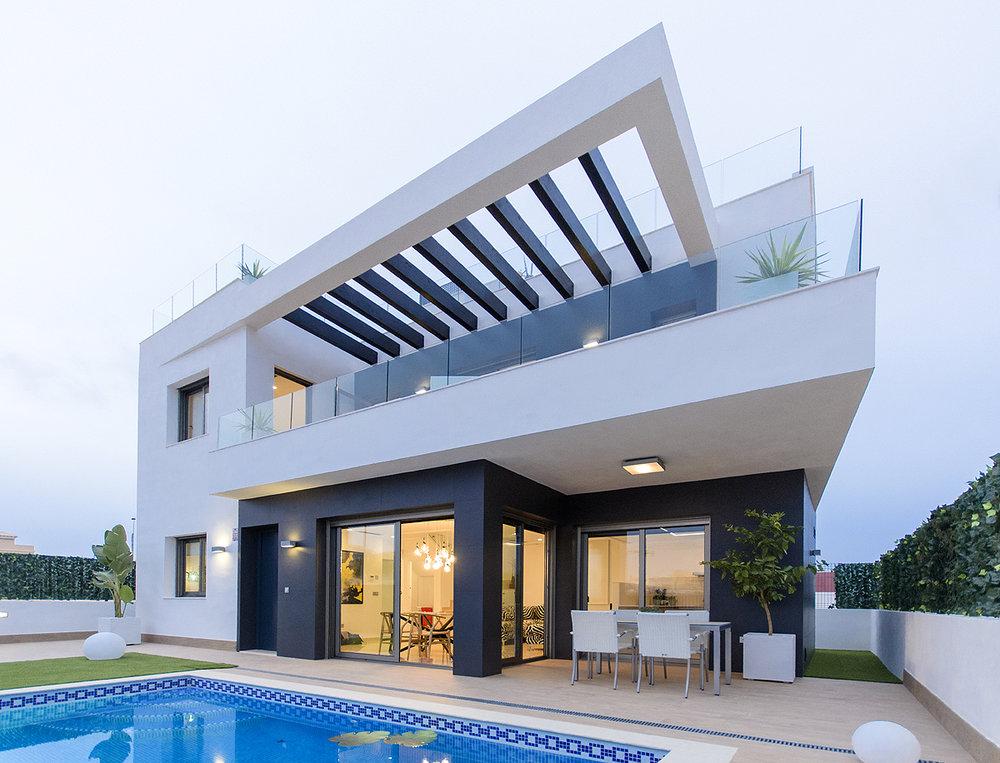 Exklusiva Villor med källare Från:295.000€