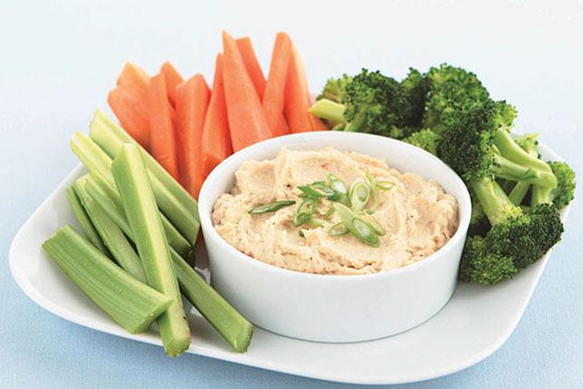 Easy-Dip-Hummus-56933_640x428.jpg