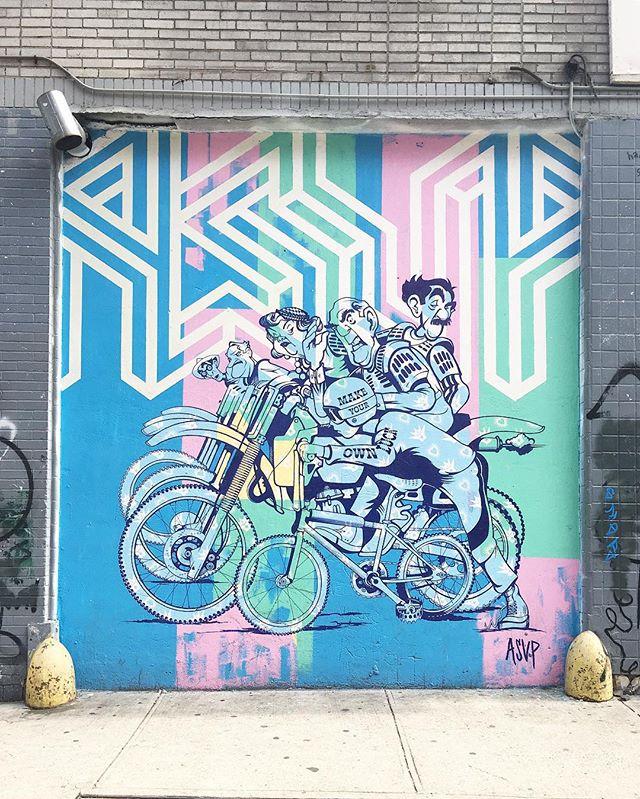 🚴🏻♀️🚴🏼🚴🏽♀️🚴🏾🚴🏿♀️ . . . . #asvp #muralist #streetart #nyc #soho #littleitaly #newyork #weekend #bikergang #bikelife #streetgraffiti #graffiti #weekendwarrior #spring #itsgonnabemay