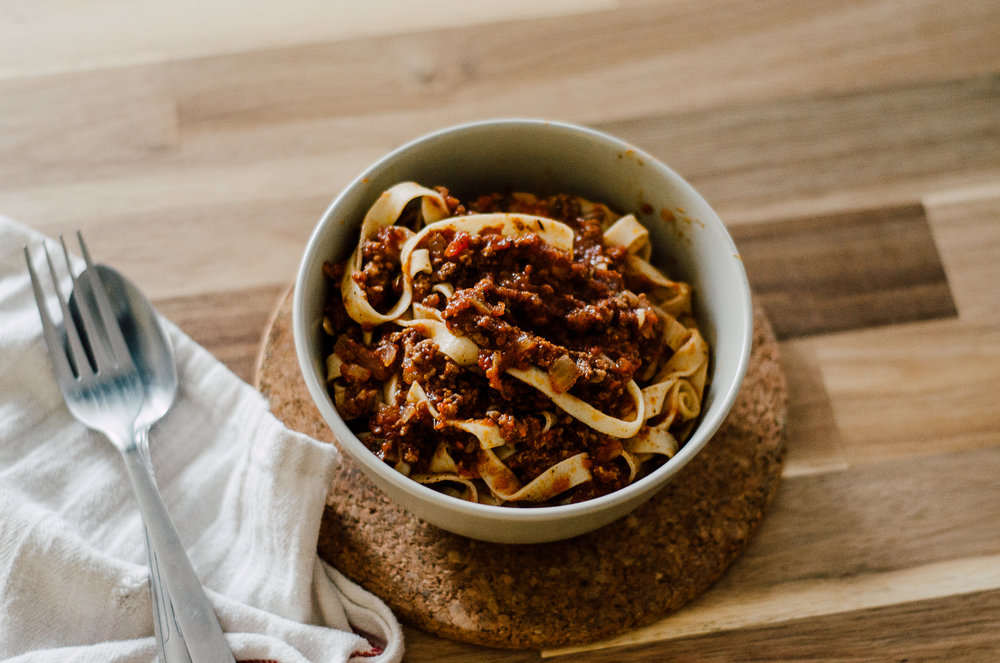 Homemade pasta with ragu - the nomadic wife