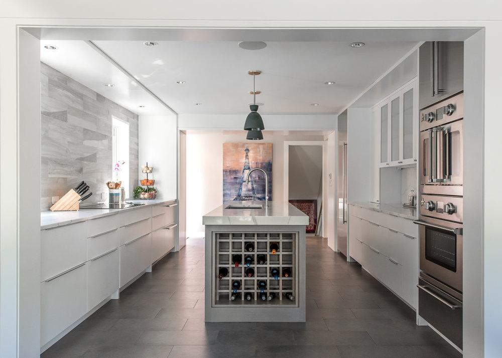 Mid-century modern house remodel, Winnetka, IL. (2018, Regional Winners, Blue Star Kitchen Design Contest)