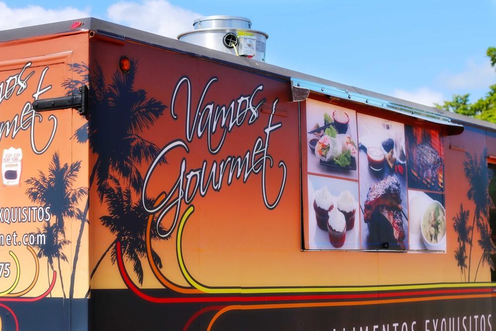 Vamos Gourmet Truck SM 12.jpg