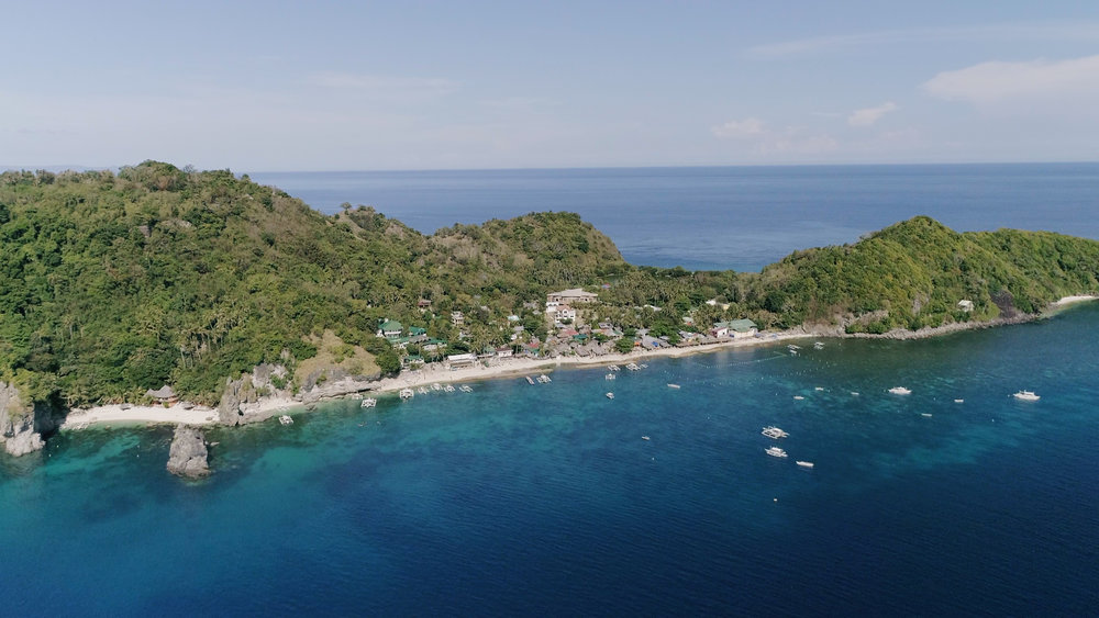 Aerial view of Apo Island, April 2017