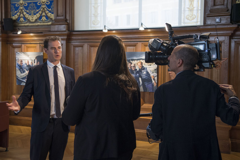 Co-Director James Sherwood being interviewed by Monaco Channel © Michel Dagnino/Musée Océanographique.