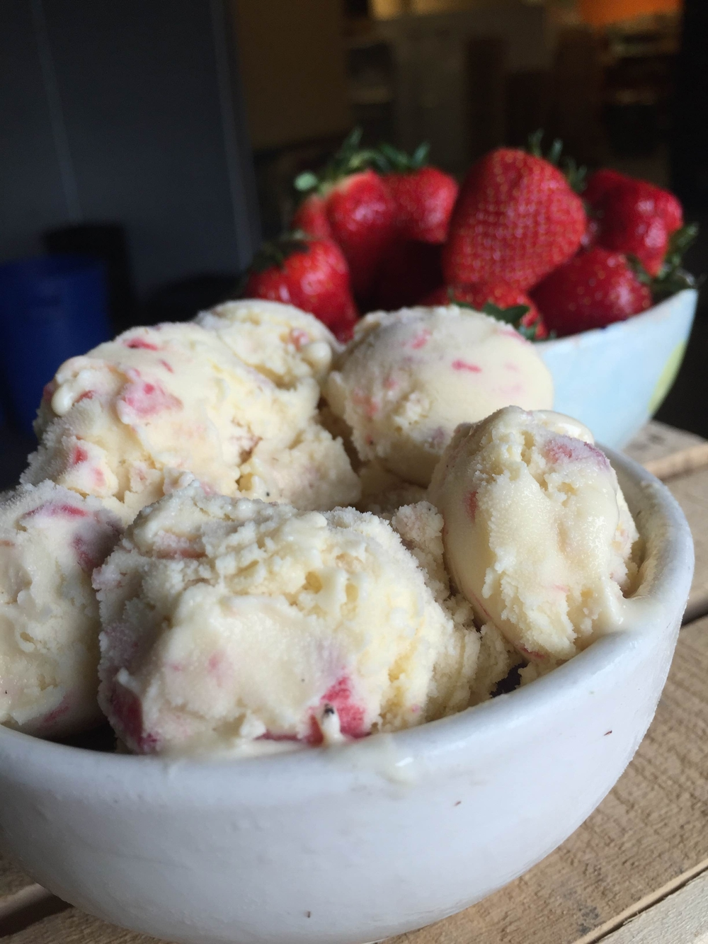 strawberry rhubarb ice cream.jpg
