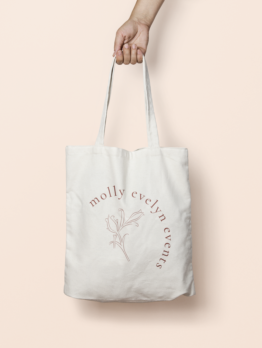 mollyevelyntote.png