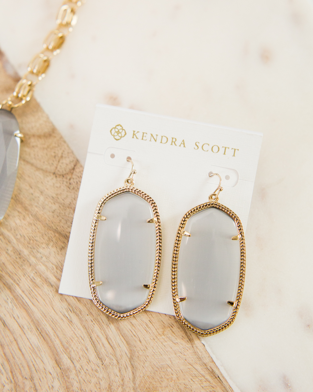 KENDRA-SCOTT-ONLINE-SHOPPING