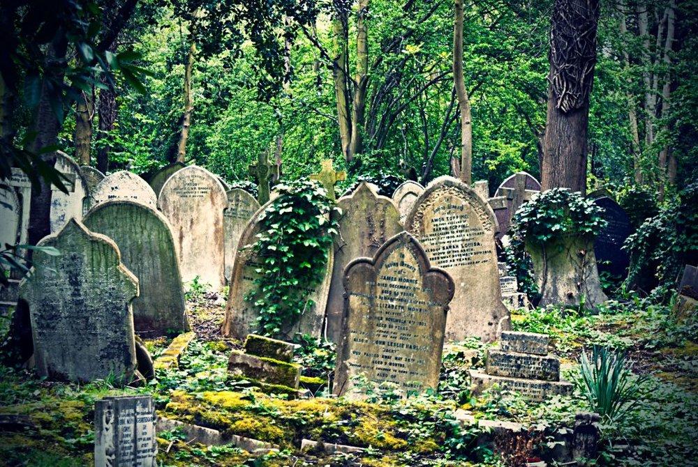 Highgate Cemetery . London, England.