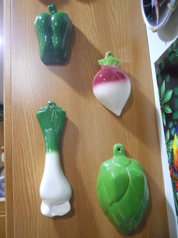 These delightful ceramic vegetables are a set of measuring cups.