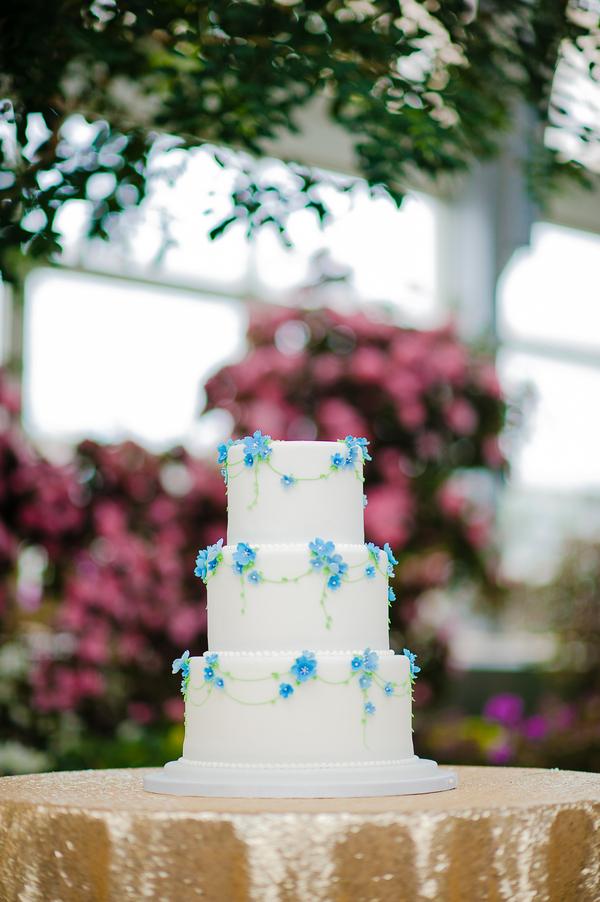 Wedding Cakes Bittersweet